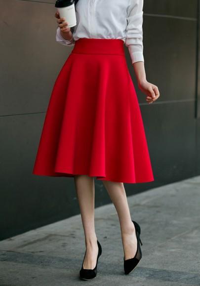 Mi-longue jupe patineuse bouffante culotte haute élégant mode femme rouge