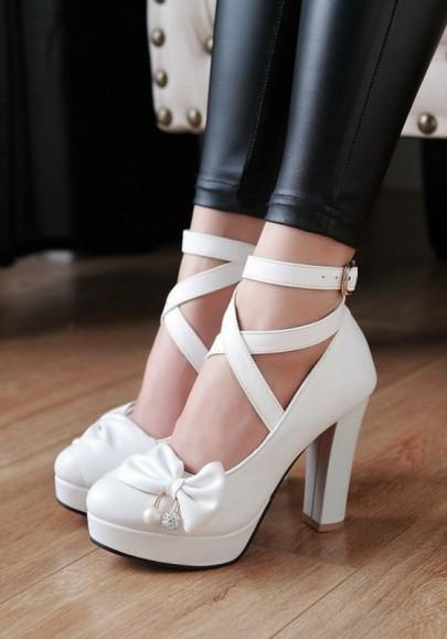 Weiße Runde Zehe Klobig Schleife mit Bändchen Riemchen Süße High Heels Schuhe Damen