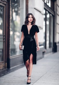 Black Irregular Tassel Plunging Neckline Short Sleeve Fashion Midi Dress