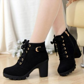 Black Round Toe Chunky Casual Martin Boots