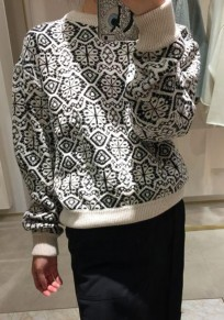 White Floral Round Neck Long Sleeve Fashion Pullover Sweater