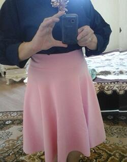 31b55b8cd9 I ordered a size M. It fits perfectly around my natural waist. The skirt is  lined, and goes a little past my knees.I love!