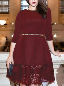 Burgundy Patchwork Lace Pleated 3/4 Sleeve Plus Size Homecoming Party Midi Dress