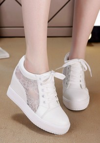 White Flat Within The Higher Lace Stitching Casual Shoes