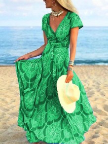 Green Floral Pleated V-neck Bohemian Beach Maxi Dress