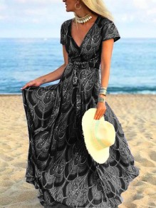 Black Floral Pleated V-neck Bohemian Beach Maxi Dress