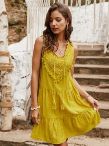 Yellow Patchwork Tassel Lace V-neck Sleeveless Bohemian Midi Dress