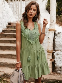 Green Patchwork Tassel Lace V-neck Sleeveless Bohemian Midi Dress