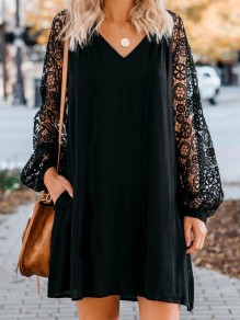 Black Patchwork Lace Oversize V-neck Long Sleeve Honey Girl Prom Midi Dress