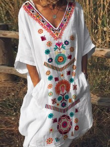 White Tribal Floral Pockets V-neck Flare Sleeve Bohemian Mexican Midi Dress