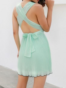 Green Cross Back Tie Back Pleated Chiffon Deep V-neck Sleeveless Fashion Mini Dress