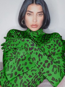 Green Leopard Print Band Collar Long Sleeve Short Jumpsuit With Gloves