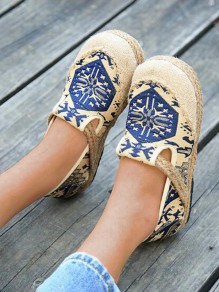 Blue Round Toe Embroidery Print Fashion Casual Flat Shoes