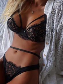 Black Floral Lace Cut Out Two Piece Pajama Lingerie Nightwear Panty Set
